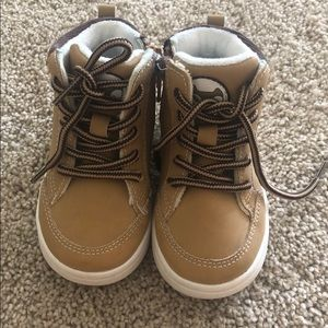 Tan boots - toddler size 4-5
